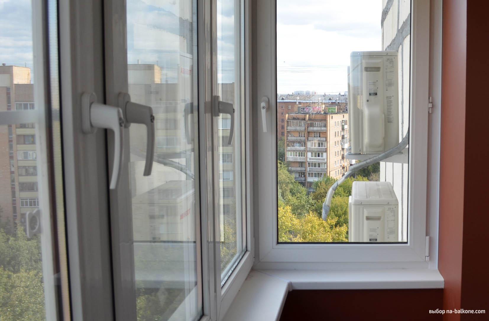 Остекление балкона 3 метра профилем кве, с детскими замками;.