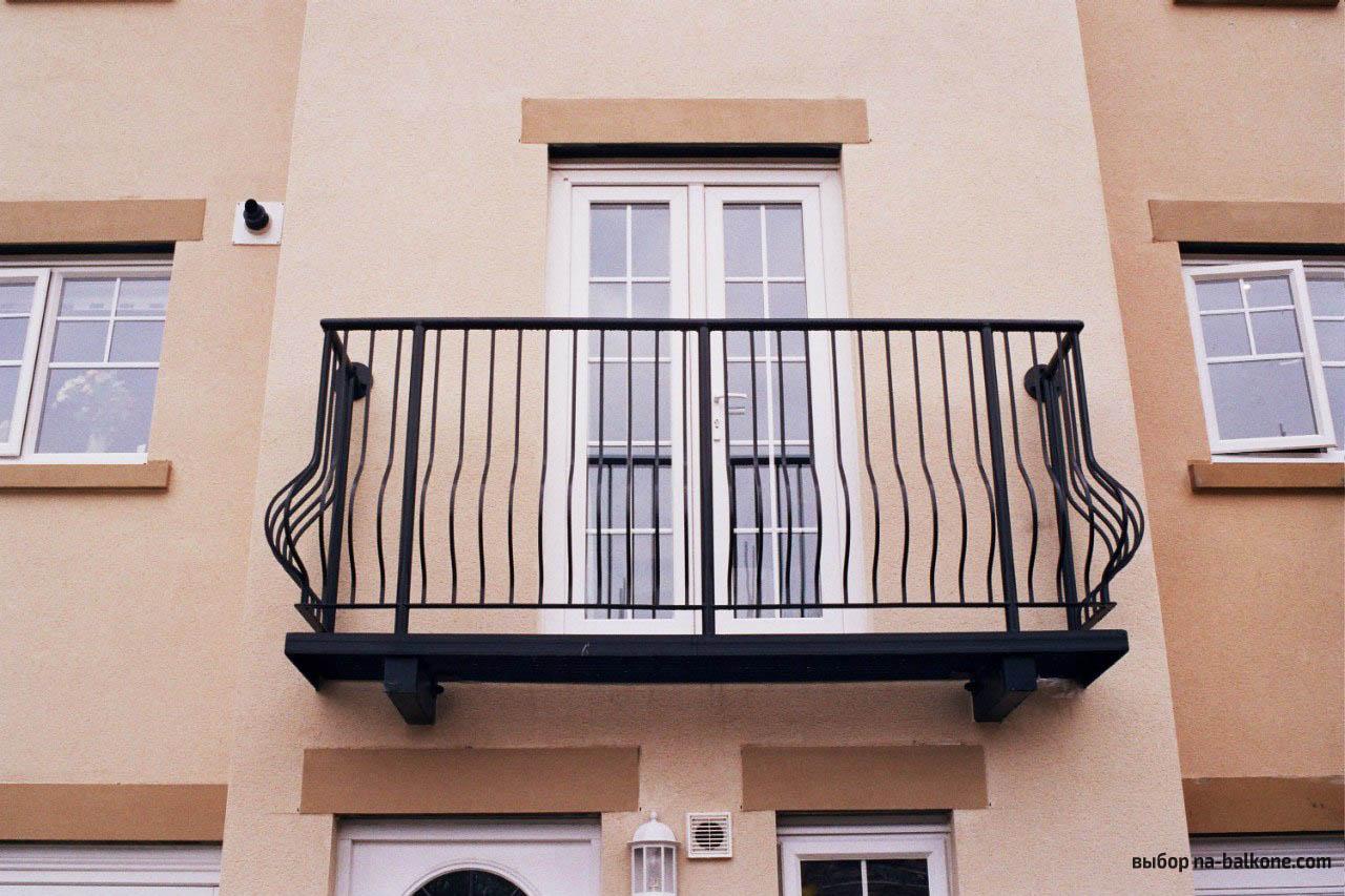 Пластиковые балконные двери киев, низкая цена двери на балко.
