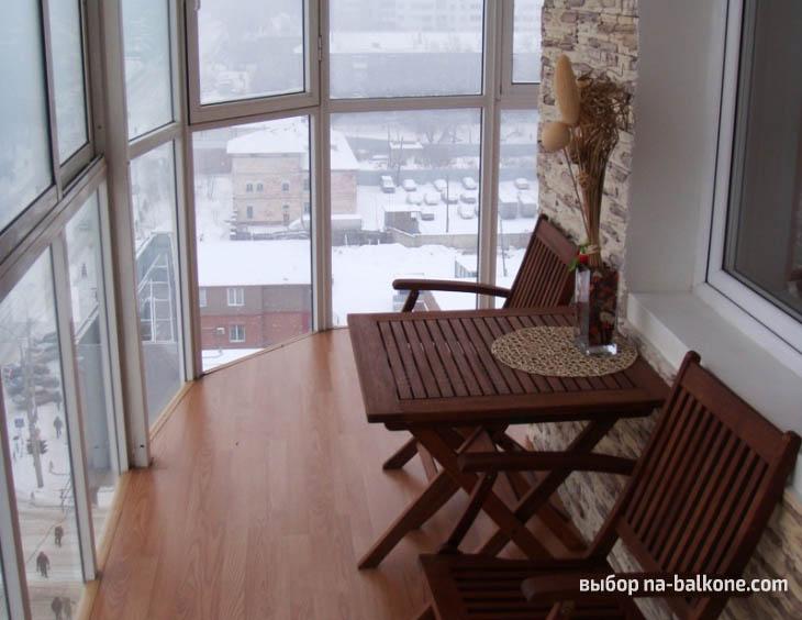 Современное остекление балкона (20 примеров на фото).