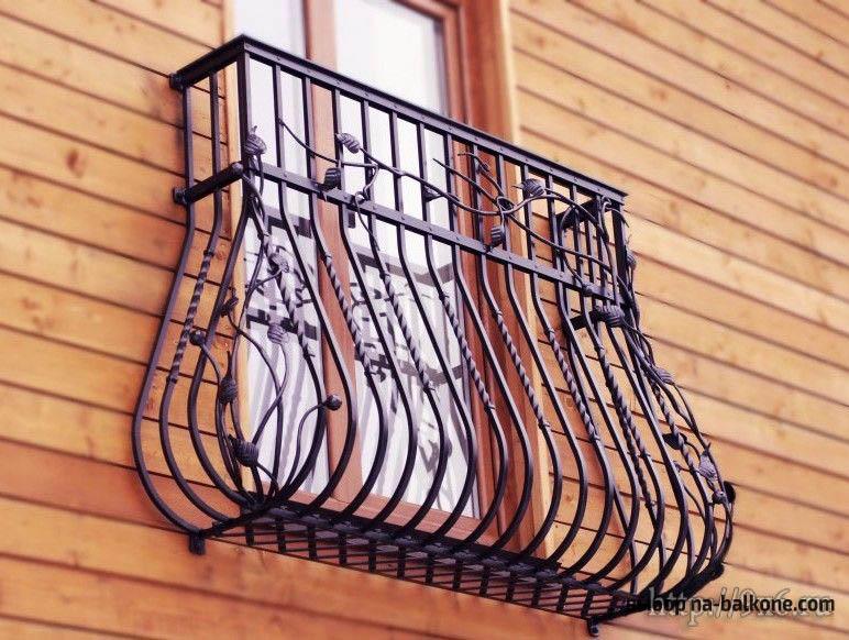 Французские балконы - дизайн (33 фото).