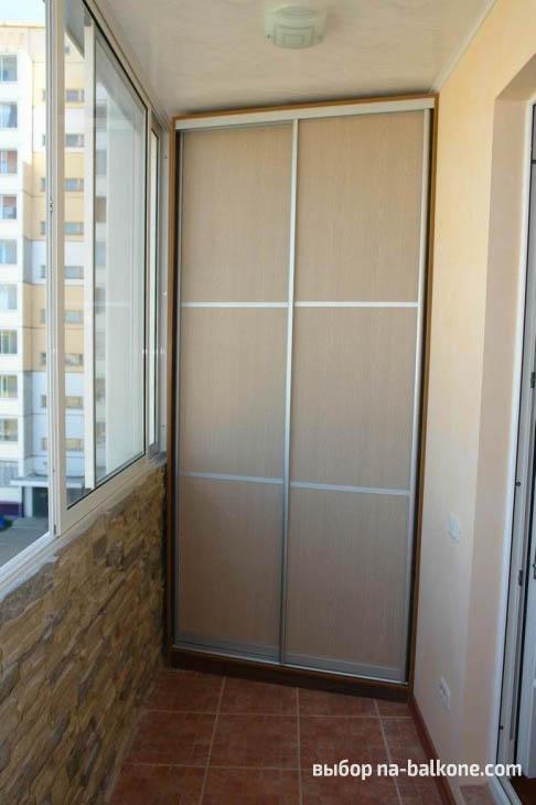 26 идей красивых шкафов на балконе
