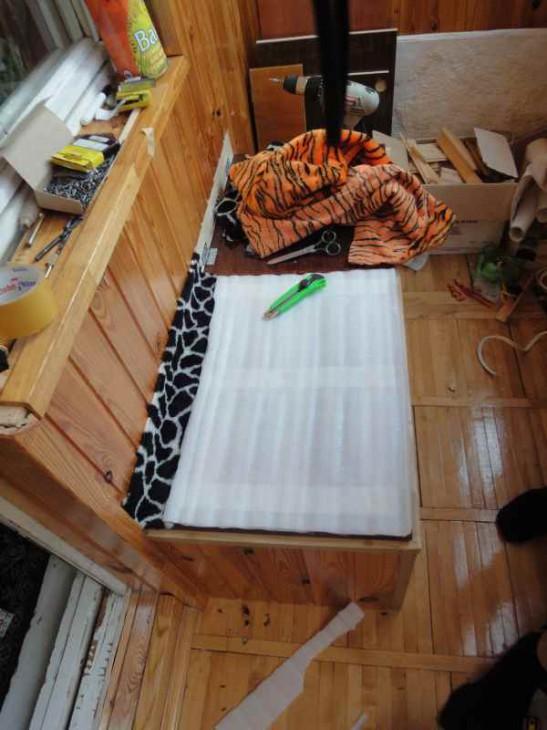 Скамейка на балконе из ДСП своими руками (пошаговая инструкция)